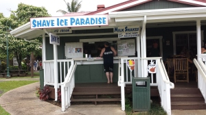 Dan ordering afternoon treat at Paradise Shave Ice